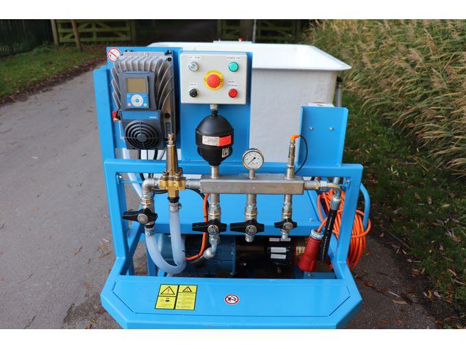 Spuitwagen 1000K - Hydracell Pomp G10 30l/min~70bar - WCR (Draaibaar)