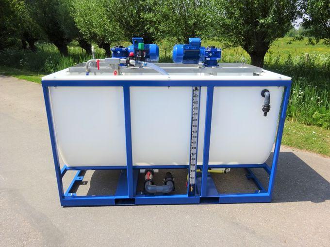 Tank Met Roer Installatie 1700L (Dubbele Mixer Unit)