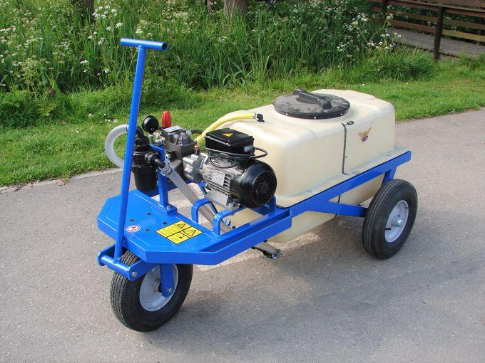 Spuitwagen 200T - Plunjerpomp PM33 19l/min~50bar