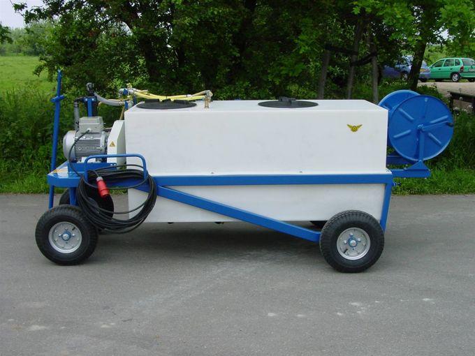 Spuitwagen 800L-300L HDPE - Plunjerpomp P63 42l/min~50bar - Handhaspel 450mm