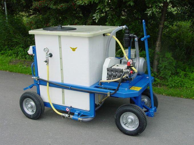 Spuitwagen 600K - Plunjerpomp P63 42l/min~50bar
