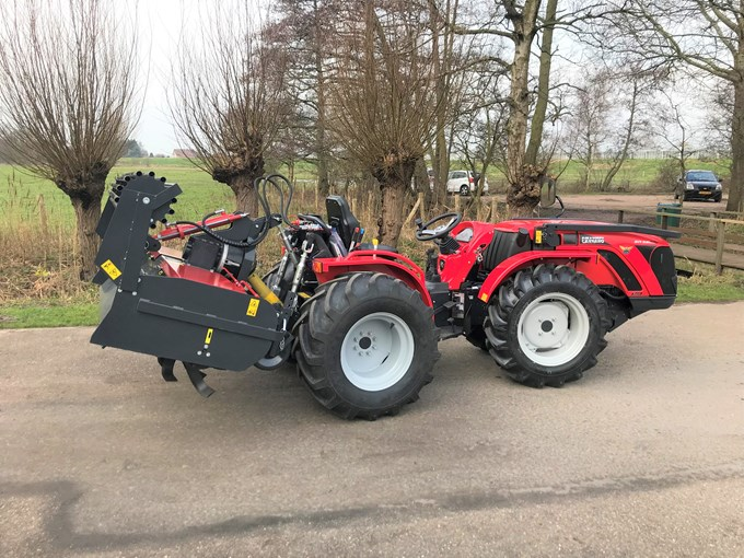 Carraro Tractor met JNCW Freesbak